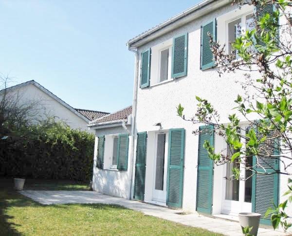 Location maison / villa Villefontaine 1150€ CC - Photo 1