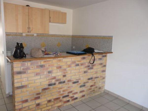Rental apartment Janville sur juine 670€ CC - Picture 2