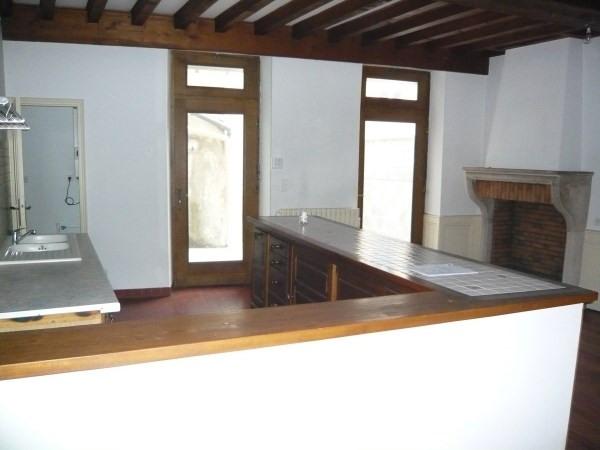 Rental apartment Bourgoin jallieu 840€ CC - Picture 4
