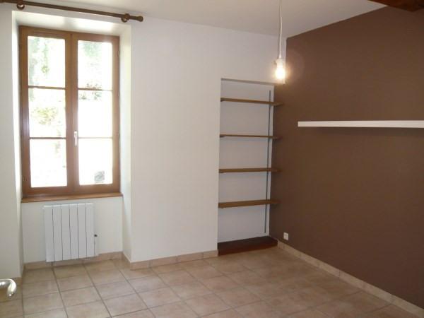 Rental apartment Cremieu 624€ CC - Picture 3