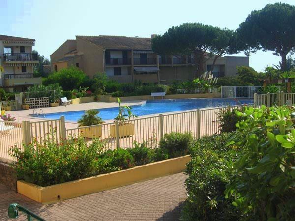 Location vacances appartement Les issambres 540€ - Photo 4