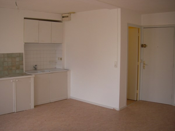 Rental apartment Montalieu vercieu 250€ CC - Picture 1