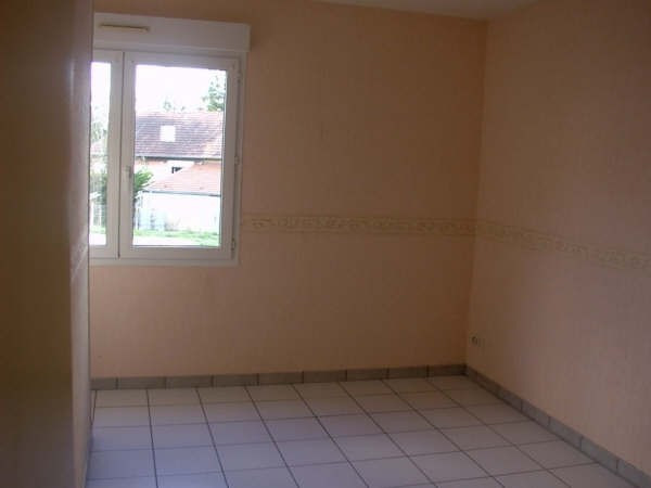 Location appartement Varennes vauzelles 475€ CC - Photo 3