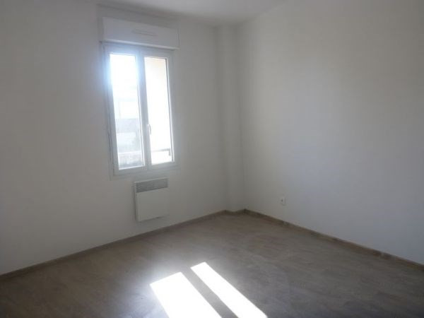 Rental apartment D'huison longueville 590€ CC - Picture 1