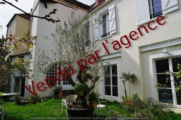 Vente de prestige maison / villa Montfort l amaury 750000€ - Photo 1
