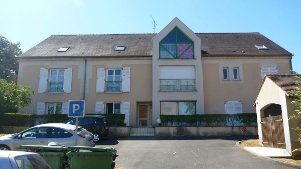 Location appartement Janville sur juine 480€ CC - Photo 1