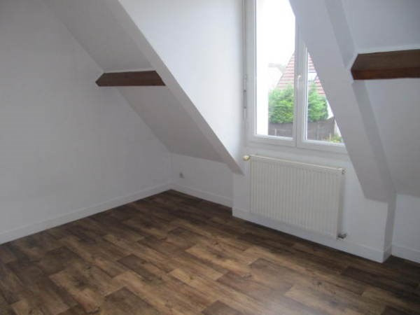 Rental apartment Saint vrain 840€ CC - Picture 2