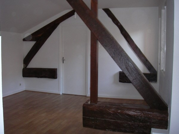 Location appartement Montalieu vercieu 383€ CC - Photo 2