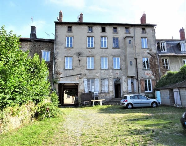 Vente maison / villa Bourganeuf 161 000€ - Photo 2