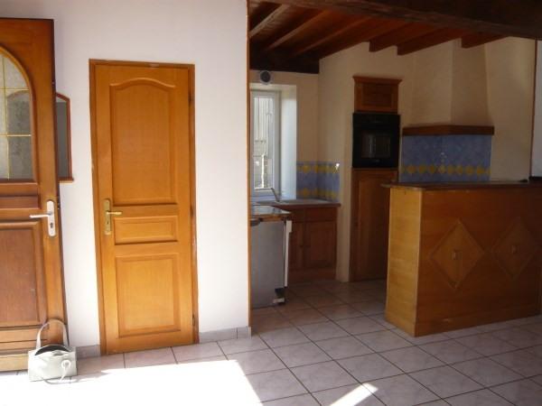 Rental house / villa Saint baudille de la tour 635€ CC - Picture 2