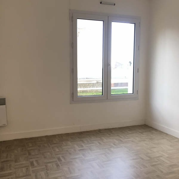 Rental apartment Chennevieres sur marne 947€ CC - Picture 8