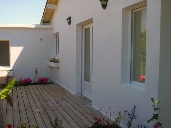 Maison avec terrasse, proche plage, centre