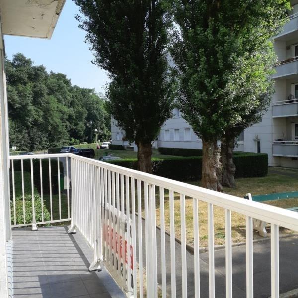 Sale apartment Vaucresson 370000€ - Picture 1