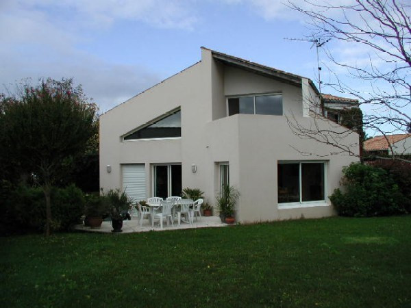 Vente de prestige maison / villa Lagord 585000€ - Photo 1