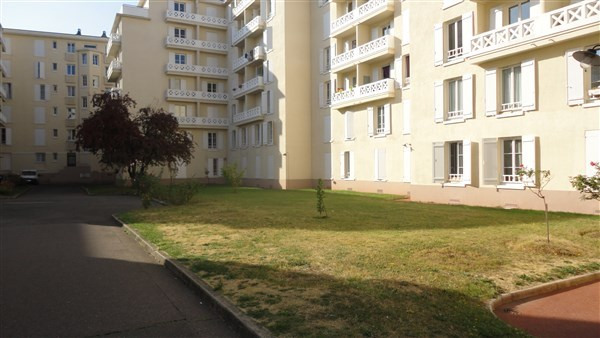 Location appartement Colombes 900€ CC - Photo 5
