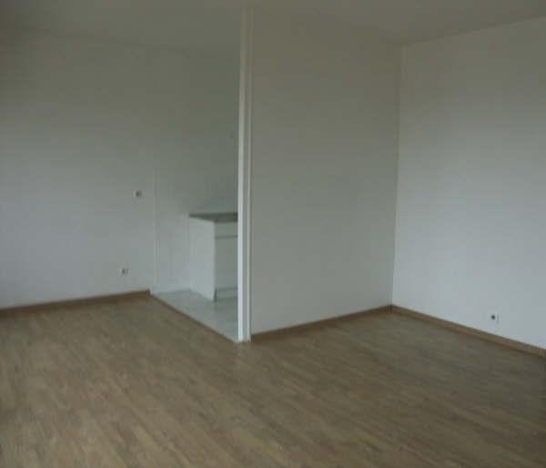 Rental apartment Le vésinet 923€ CC - Picture 2