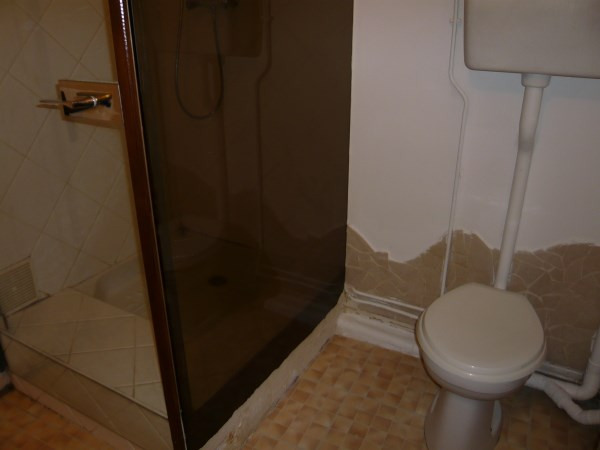 Rental apartment Cremieu 340€ CC - Picture 4