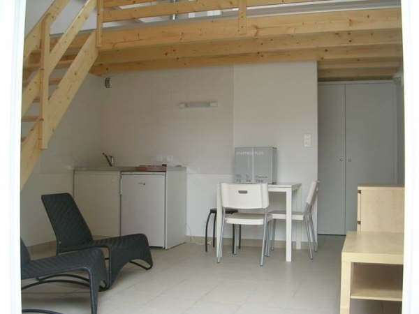 Rental apartment La roche sur yon 398€ CC - Picture 1