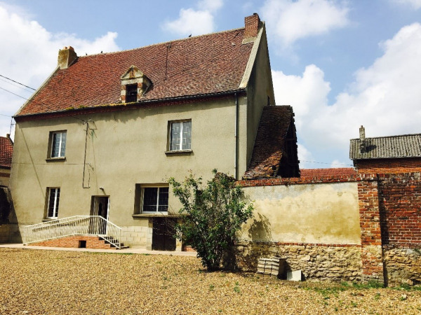 Casa antica 5 vani