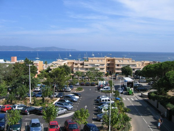Location vacances appartement Cavalaire 800€ - Photo 23