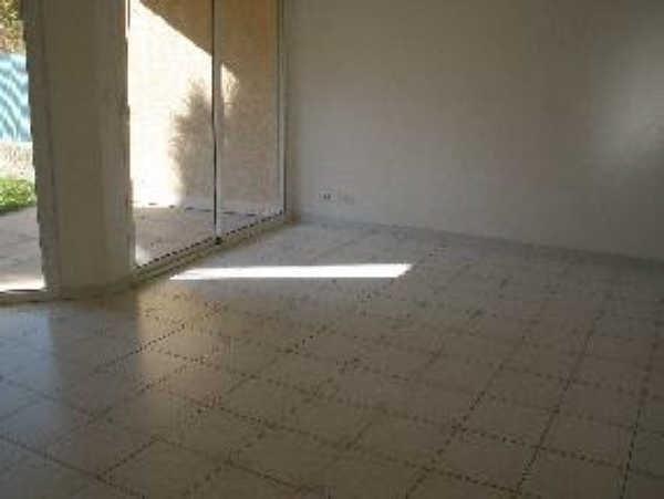 Rental apartment Salon de provence 645€ CC - Picture 5