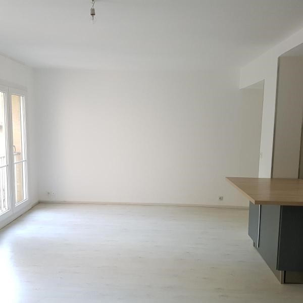 Rental apartment Aix en provence 850€ CC - Picture 5