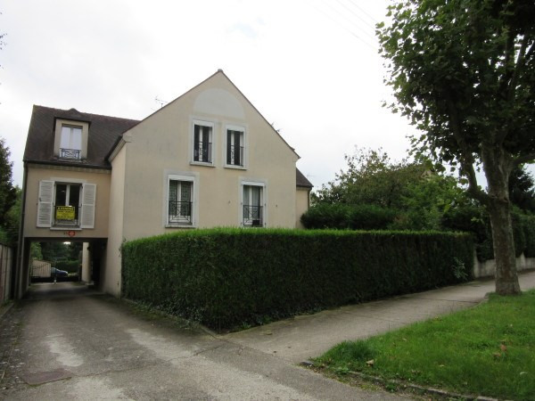 Location appartement Etrechy 525€ CC - Photo 1
