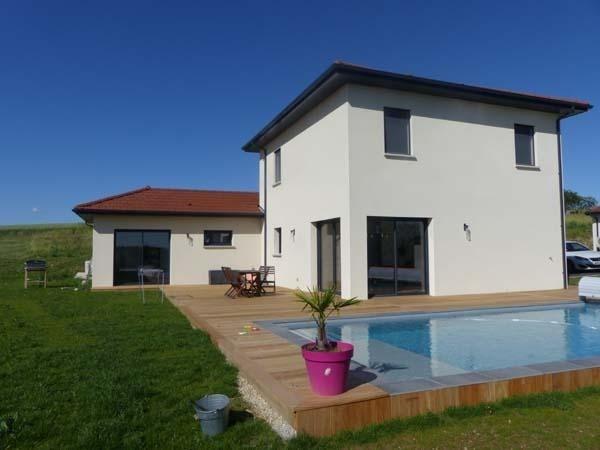 Location maison / villa St savin 1390€ CC - Photo 1