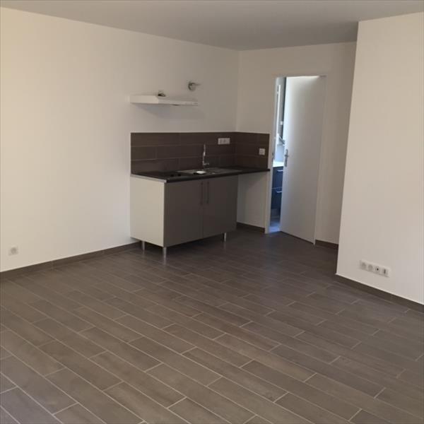 Affitto appartamento Stains 550€ CC - Fotografia 3