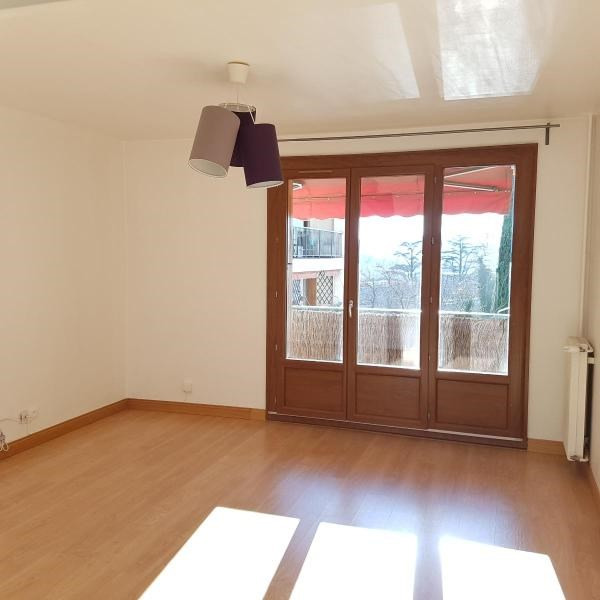Rental apartment Aix en provence 966€ CC - Picture 1