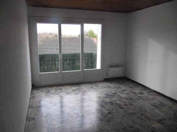 Location appartement Ballancourt sur essonne 755€ CC - Photo 2