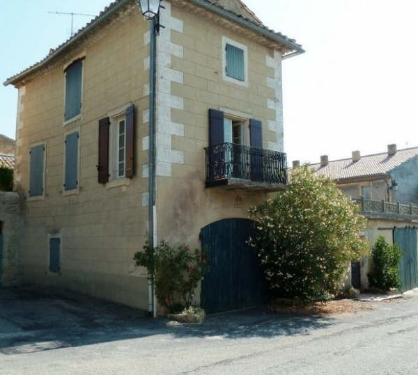 Vente maison / villa Uzes 225 000€ - Photo 3