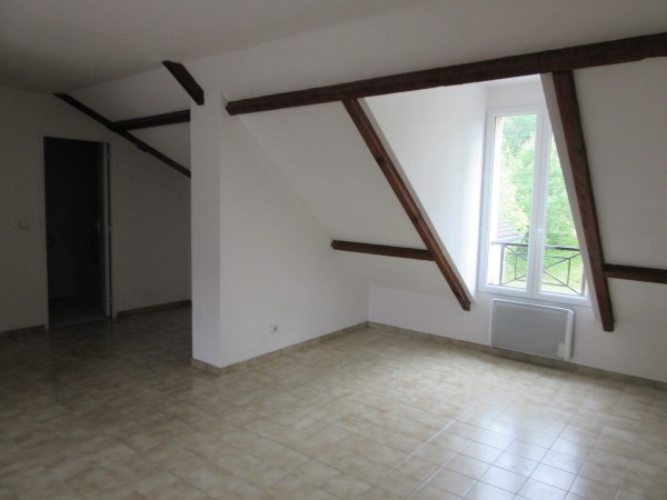 Location appartement Etrechy 525€ CC - Photo 3