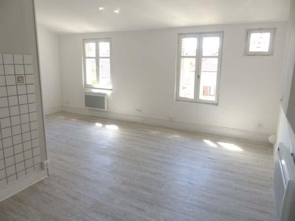 Location appartement Bourgoin jallieu 410€ CC - Photo 1