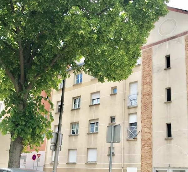 Sale apartment Courcouronnes 119000€ - Picture 1