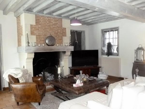 Deluxe sale house / villa St gatien des bois 884000€ - Picture 2