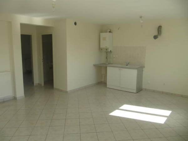 Rental apartment Bouray sur juine 801€ CC - Picture 2