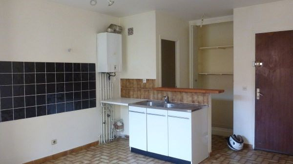 Rental apartment La ferte alais 625€ CC - Picture 3