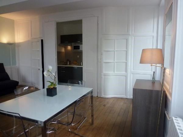 Rental apartment Fontainebleau 950€ CC - Picture 2