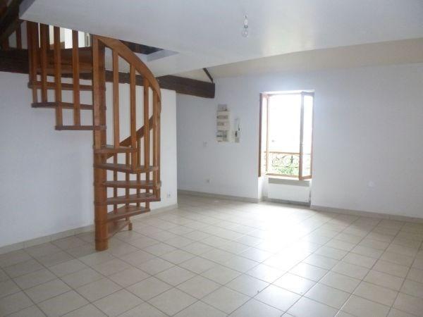 Rental apartment Ballancourt 650€ CC - Picture 2