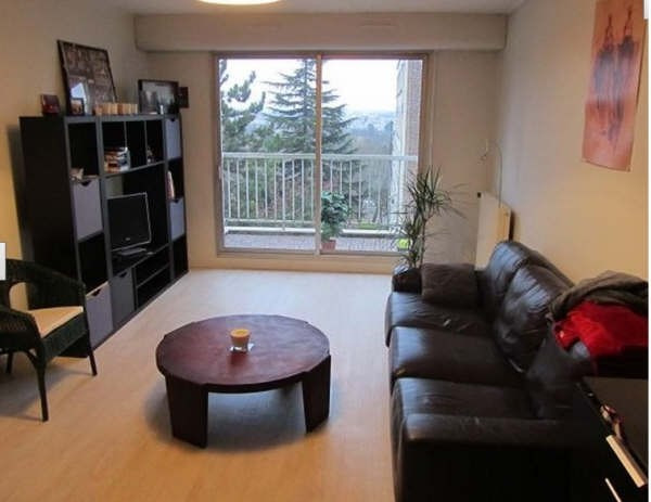 Rental apartment Bougival 1 057€ CC - Picture 1