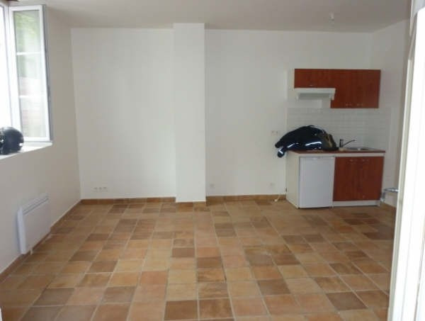 Rental apartment Senlis 440€ CC - Picture 2