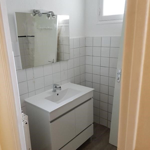 Location appartement Aix en provence 1 050€ CC - Photo 9