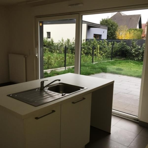 Location maison / villa Oberhoffen sur moder 909€ CC - Photo 2