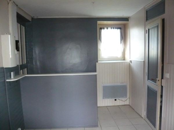 Location appartement Saint romain de jalionas 350€ CC - Photo 3