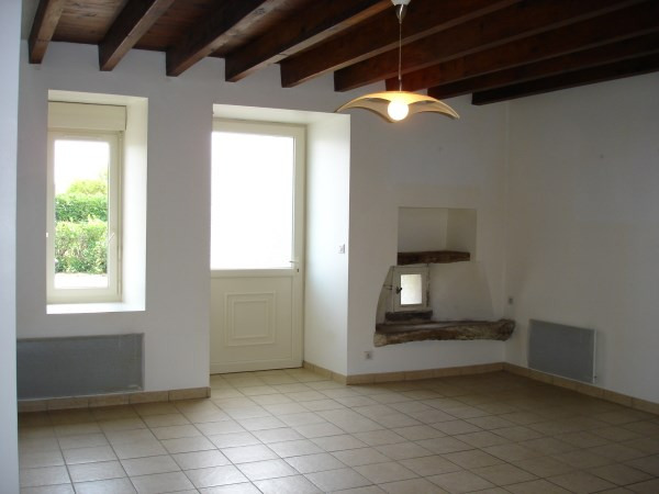Rental apartment Optevoz 505€ CC - Picture 2
