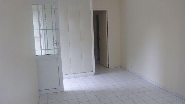 Location appartement Chamarande 560€ CC - Photo 2