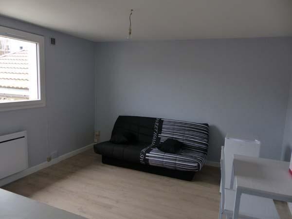 Location appartement Bourgoin jallieu 350€ CC - Photo 2