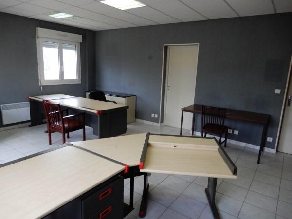 Rental empty room/storage La balme les grottes 950€ CC - Picture 3