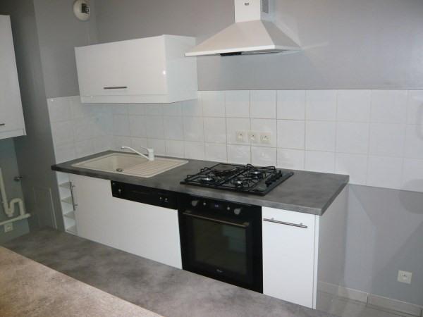 Rental apartment Morestel 695€ CC - Picture 2